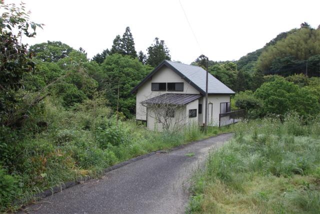 田舎暮らし 千葉 大多喜町 城下町大多喜より小川に囲まれた隠れ家 別荘向中古住宅